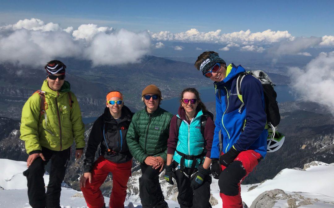 Dernière sortie ski de randonnée pour les 2des et 1ères de Bac Pro